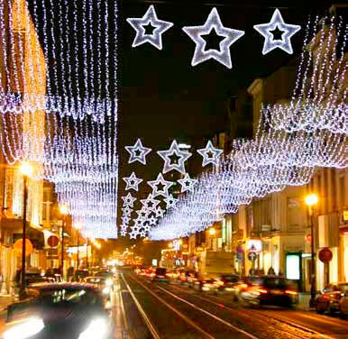 Alquiler de luces de navidad alquiler iluminaci n for Iluminacion exterior para arboles